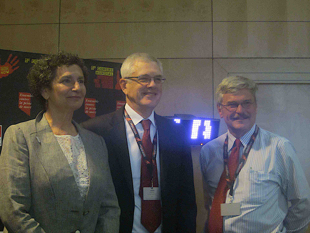Elizabeth Zitrin, Richard Dieter (DPIC), and Michael Radelet at Fifth World Congress in Madrid (2013).